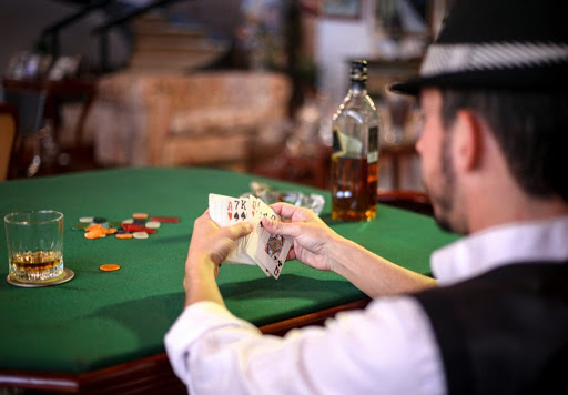 9 Secret Stuff you Did not Learn about Online Casino